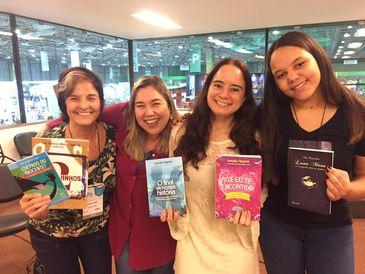 Marta Lagarta, Graciela Mayrink e Nina Krivochein no Conversa com o Autor