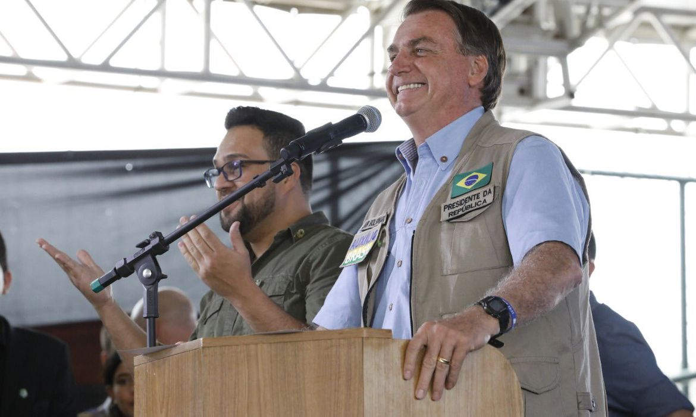 O Presidente Jair Bolsonaro participou, nesta terça (28), da inauguração da Estação Cidadania em Teixeira de Freitas (BA)