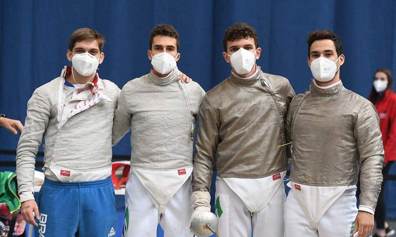 Equipe masculina de sabre, em Budapeste.