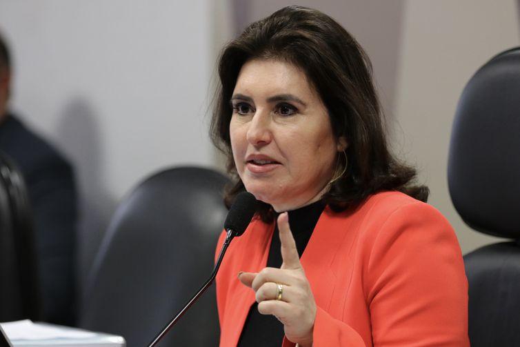A presidente da CCJ, senadora Simone Tebet, durante a reunião deliberativa para análise da PEC 6/2019, que modifica o sistema de Previdência Social.