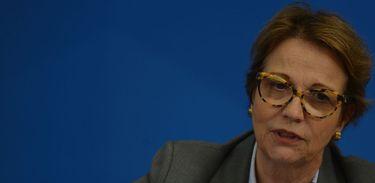 """Ministra garante abastecimento de alimentos com """"fartura"""", no Brasil"""