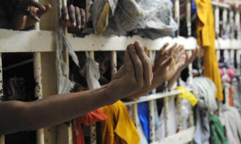 Rio construirá prisões verticais para detentos de baixa ...