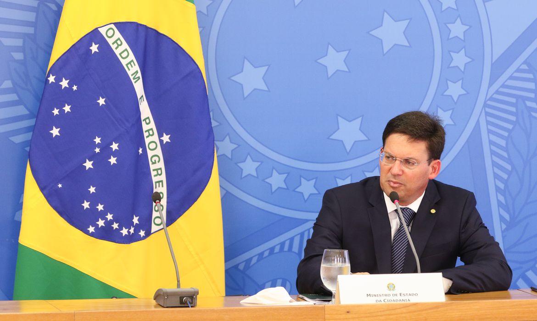 Ministro da Cidadania, João Roma, durante coletiva sobre o novo programa social do governo e MP dos precatórios