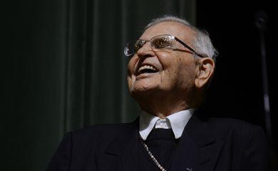São Paulo - Lideranças na defesa dos direitos humanos homenageam os 95 anos de Dom Paulo Evaristo Arns em evento na Pontifícia Universidade Católica (PUC) (Rovena Rosa/Agência Brasil)