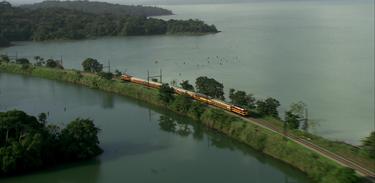 Vista do Canal do Panamá: uma viagem de trem do Pacífico ao Atlântico