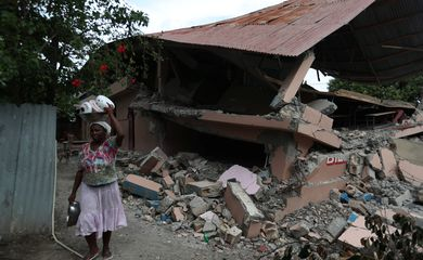 Terremoto atingiu o norte do Haiti no final do sábado.