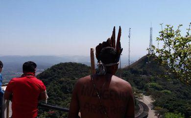 São Paulo - Índios ocuparam quarta-feira as torres de transmissão do Parque Jaraguá (Daniel Mello/Agência Brasil)
