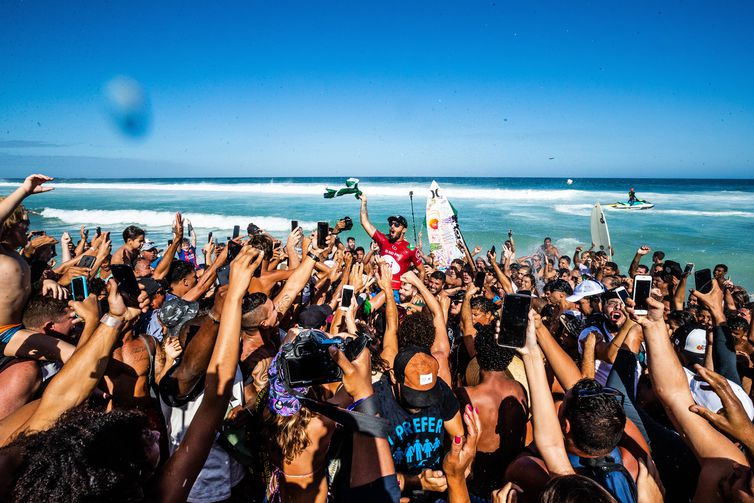 RIO DE JANEIRO, BRAZIL - JUNE 23: Filipe Toledo of Brazil wins the 2019 Oi Rio Pro for the third time in his career and the second year in a row after winning the final at Barrinha, Saquarema on June 23, 2019 in Rio de Janeiro, Brazil. (Photo by