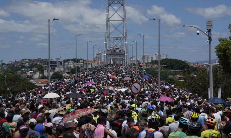 Reinauguração da ponte Hercílio Luz, em Florianópolis (SC)