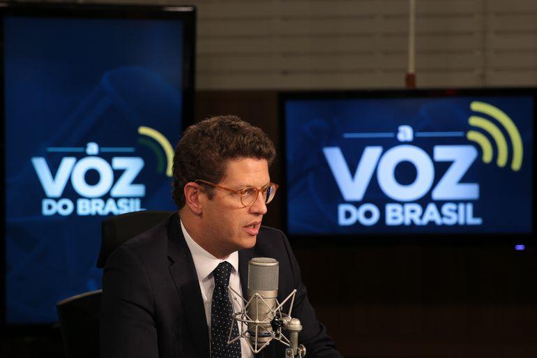 O ministro do Meio Ambiente, Ricardo Salles, participa do programa A Voz do Brasil