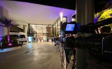 Chegada do presidente Jair Bolsonaro ao hospital Vila Nova Star