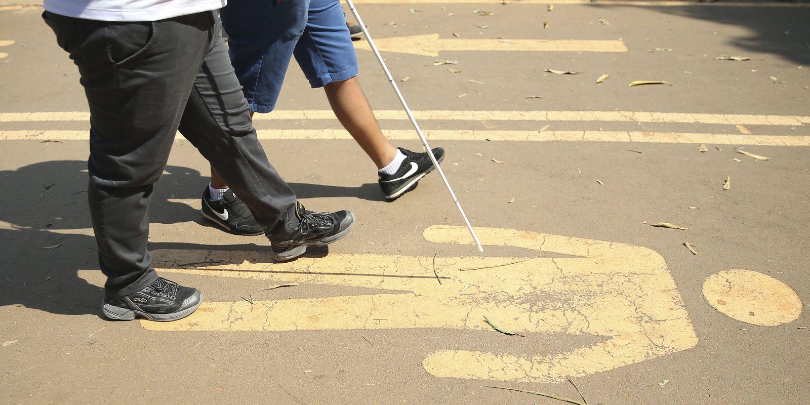 A 1ª Caminhada Nacional da Luta dos Direitos das Pessoas com Deficiência no Parque da Cidade, em Brasília