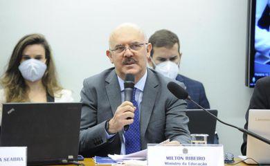 Esclarecimentos sobre os cortes no orçamento do Ministério da Educação. Ministro da Educação, Milton Ribeiro
