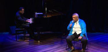 Agnaldo Timóteo se apresenta com o pianista Moisés Pedrosa