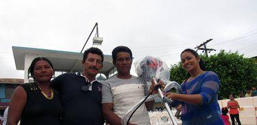 Produtores de Amaturá(AM) recebem implementos agrícolas