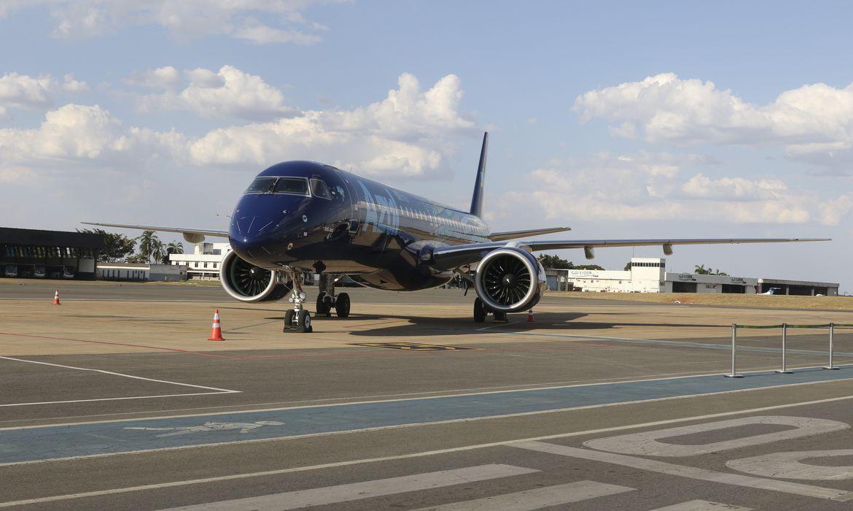 Apresentação do jato Embraer 195-E2, a maior e mais moderna aeronave comercial já produzida no Brasil, adquirida pela Azul Linhas Aéreas