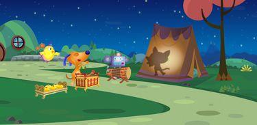 Música com gamelão anima o teatro de sombra do acampamento
