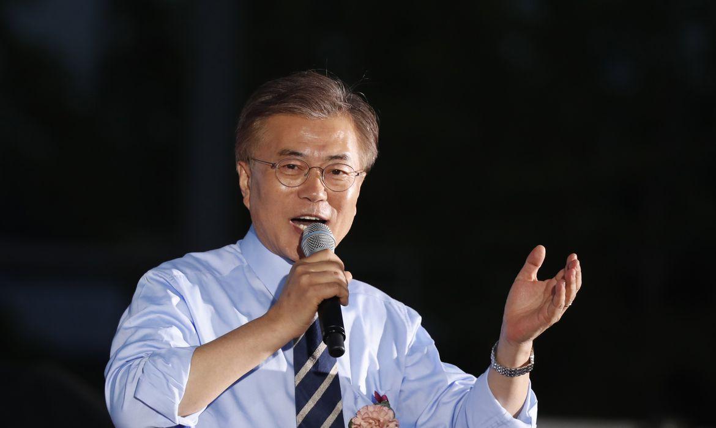 O candidato liberal do Partido Democrático Moon Jae-In venceu as eleições presidenciais na Coreia do Sul, conforme indicam pesquisas de boca de urna